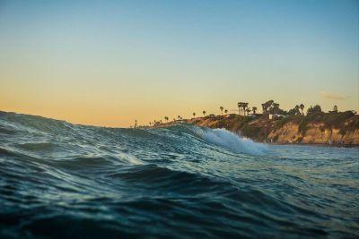tide on the sea