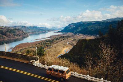 roadtrip through beautiful scenery