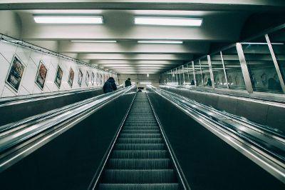 long escalator