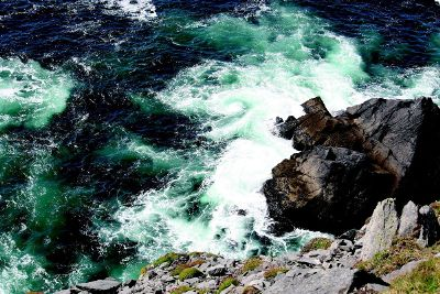 sea crashing on rocks