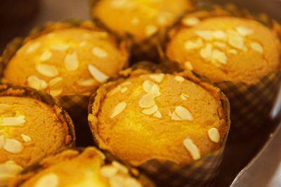 cupcake with seeds
