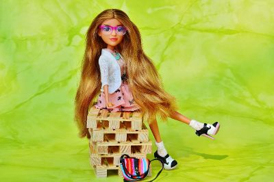 barbie on crates