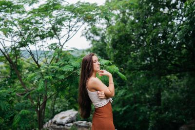 model in the hills