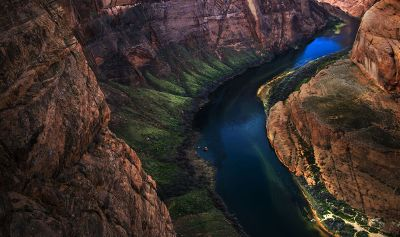 colorful red canyon