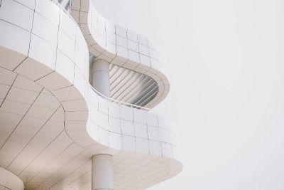 curvy facade architecture