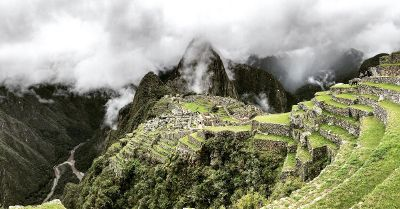 mountain view of machu pichu